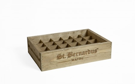 Wooden crate 24 x 33cl